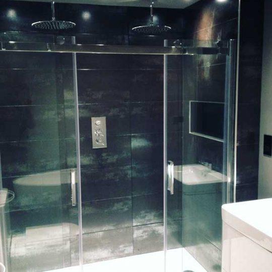 http://vbbuildersnorwich.com/wp-content/uploads/2016/07/four-bedroom-house-refurbish-52-540x540.jpg