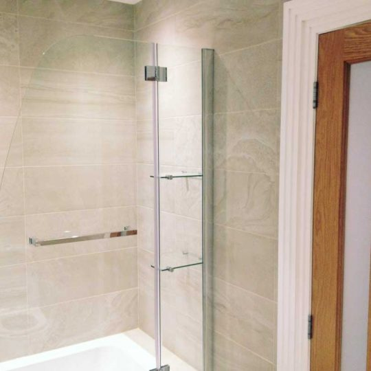 http://vbbuildersnorwich.com/wp-content/uploads/2016/07/four-bedroom-house-refurbish-70-540x540.jpg